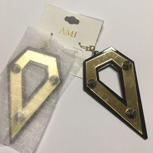 Black gold pointy earrings